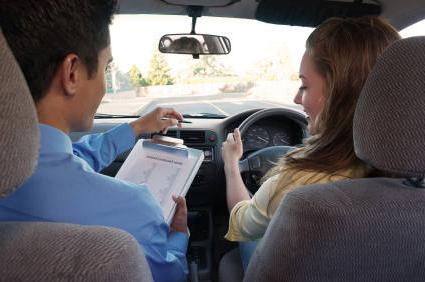 driving-instructor-insurance.jpg (425×282)